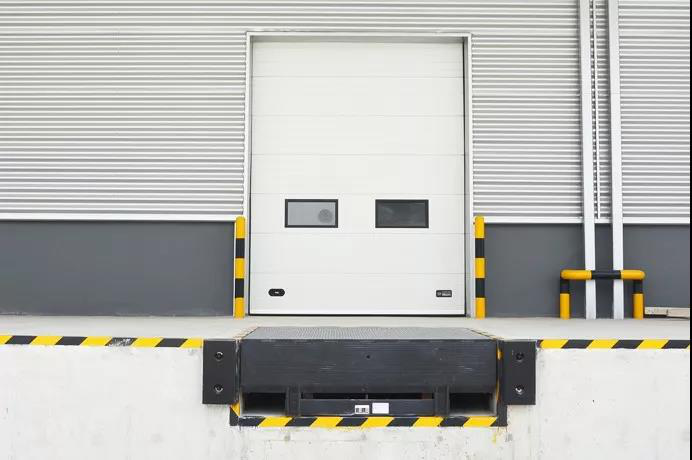 Which is better: sectional industrial door or industrial rolling door?